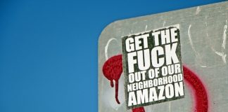 Anti-Amazon-Sticker