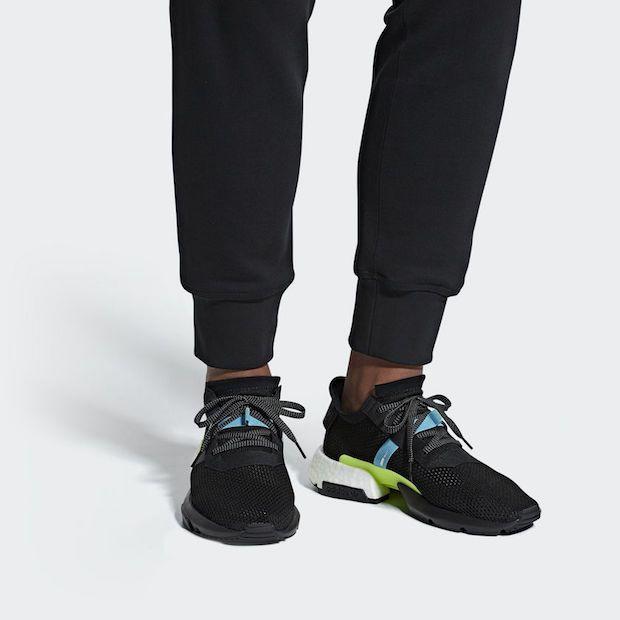 Adidas POD-S3.1 Laufschuh angezogen