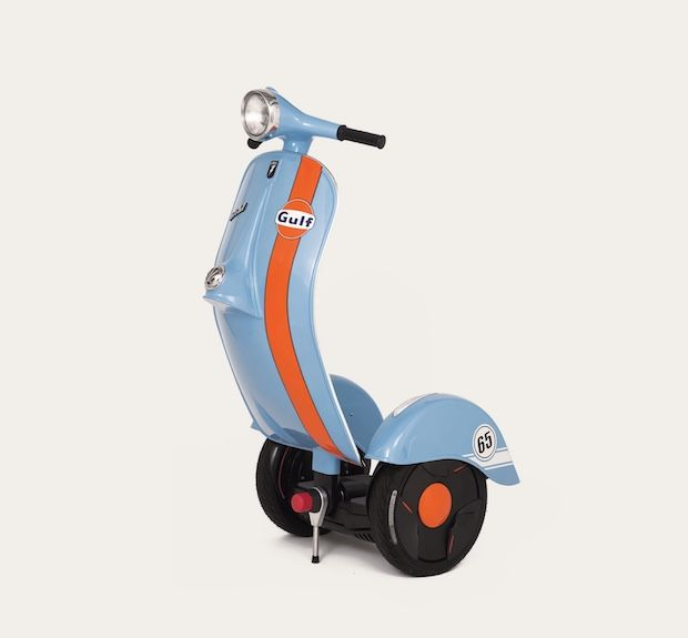 Z-Scooter in blau