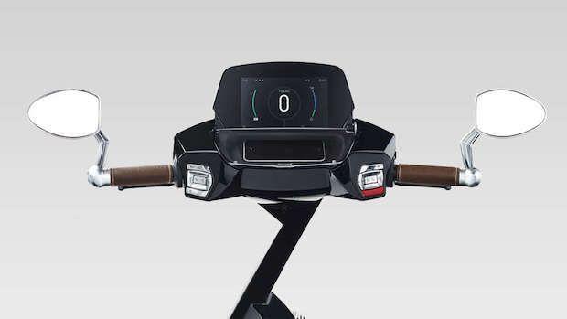 Ujet Electric Sccooter Cockpit