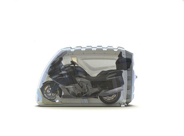 bikeBOX24 mit Motorrad