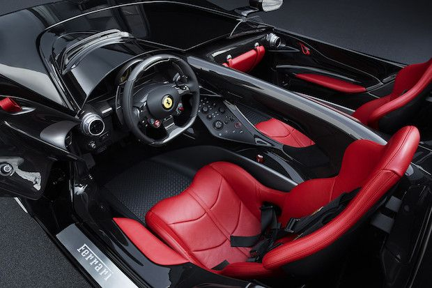 Ferrari Monza SP2 Cockpit
