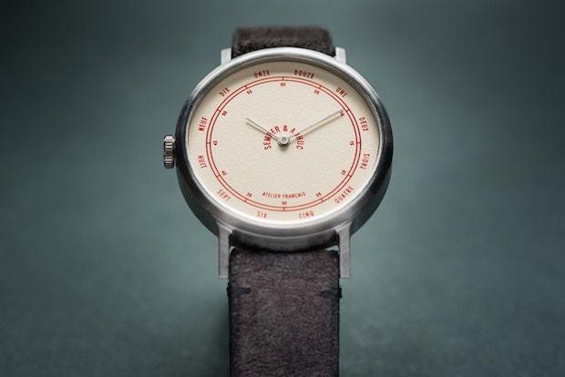 Semper & Adhuc - Kickstarter Uhr
