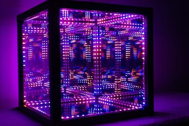 HyperCube - HighTech Leuchtwürfel