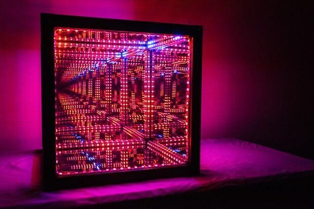 HyperCube - transdimensionaler Leuchtwürfel