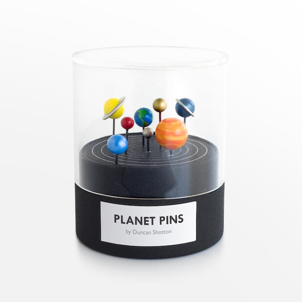 Planet Pins von duncan shotton