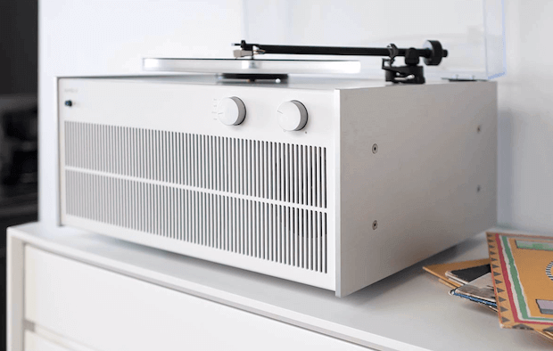 Modern Record Player in Weiss