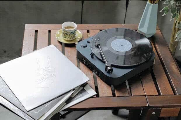 OMNI Plattenspieler von Headache Sound