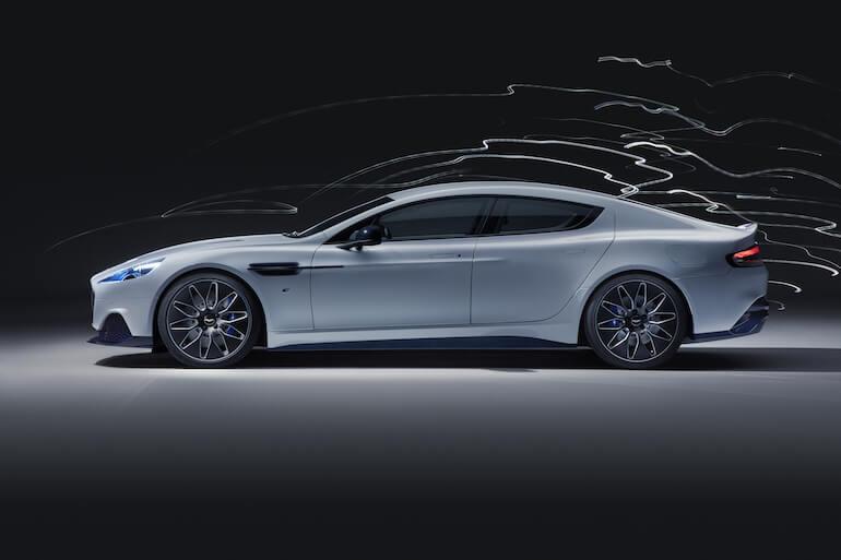 Rapide E von Aston Martin - Seitenansicht