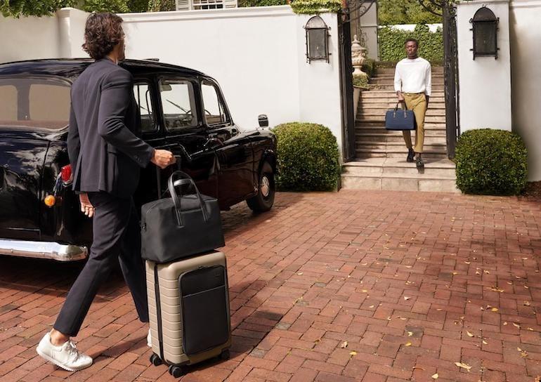 Away Taschen und Koffer