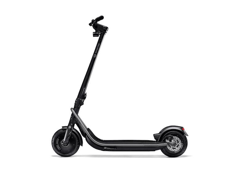 Boosted REV Scooter Seitenansicht