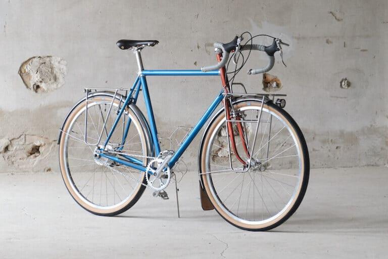 CHACHA Classic Touring Bike