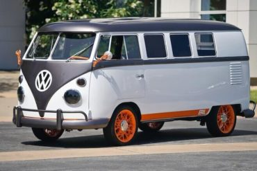 VW Type 20 - der T1 Elektrobulli
