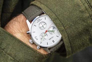 Time for Peace Hu-Uhr von Triwa