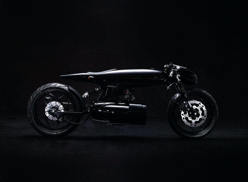 EVE 2020 Motorrad - Seitenansicht