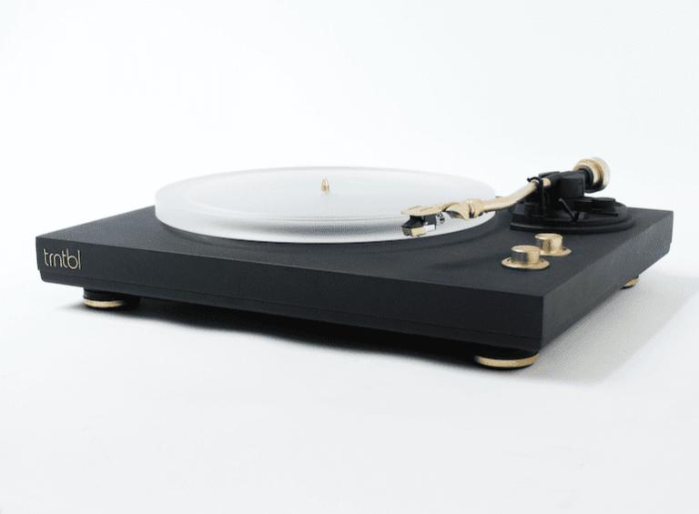 TRNTBL Plattenspieler in Black and Gold