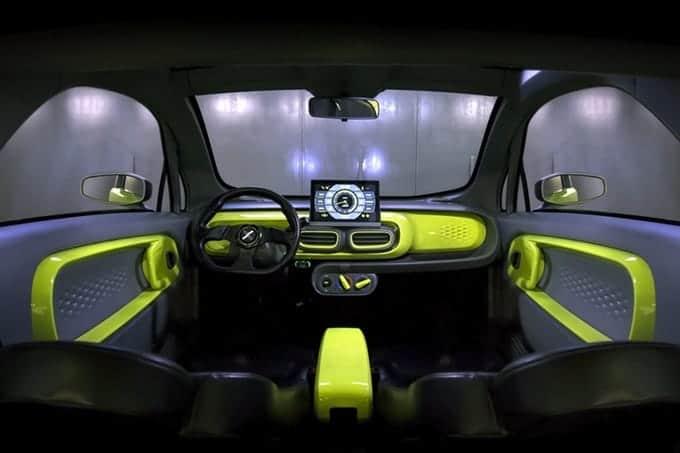 XEV YOYO Cockpit