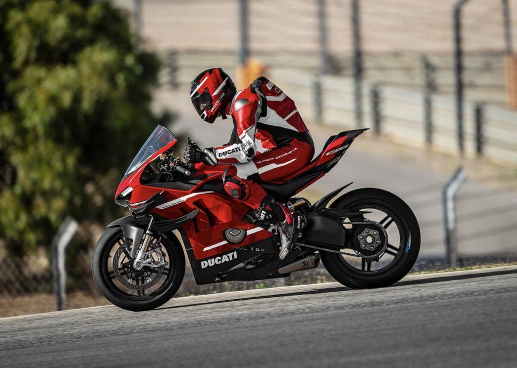 Seitenansicht des Superbike Superleggera