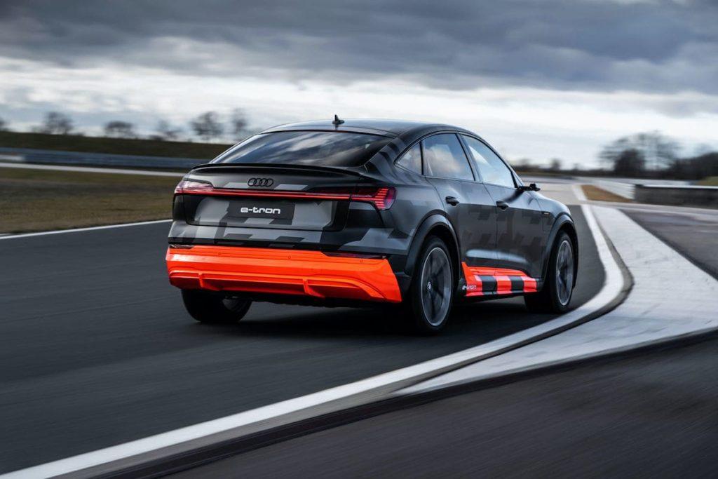 Rückansicht des etron S von Audi