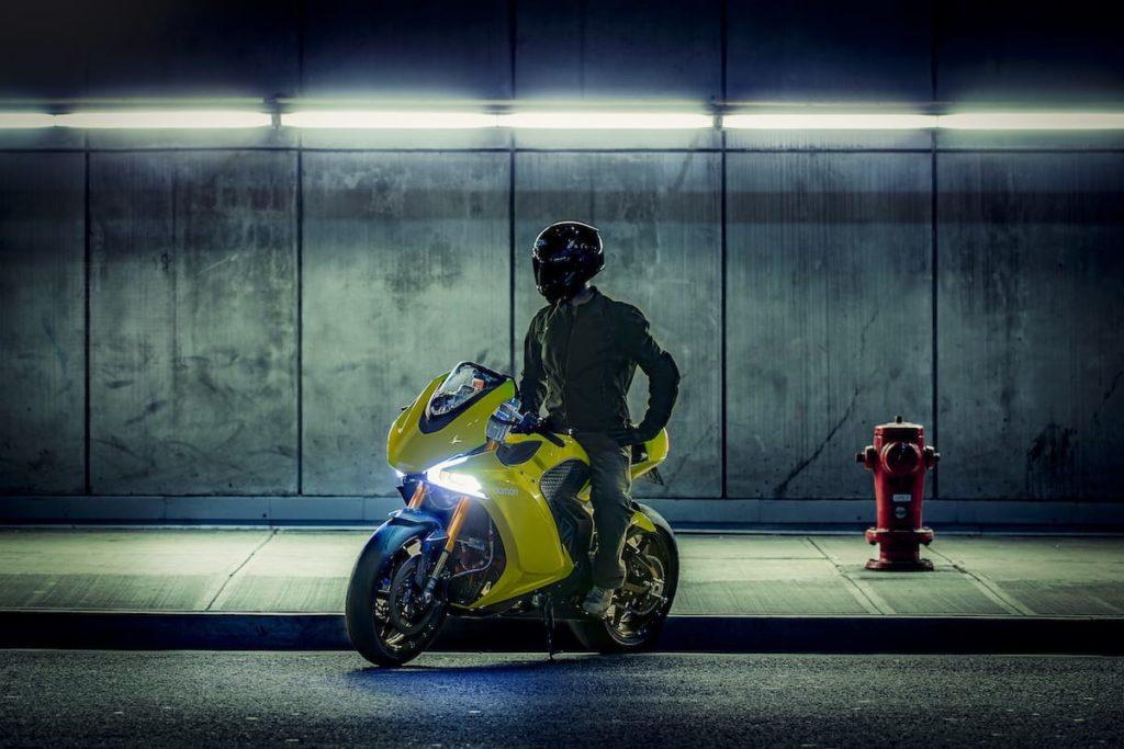E-Motorrad Hypersport HS im Tunnel