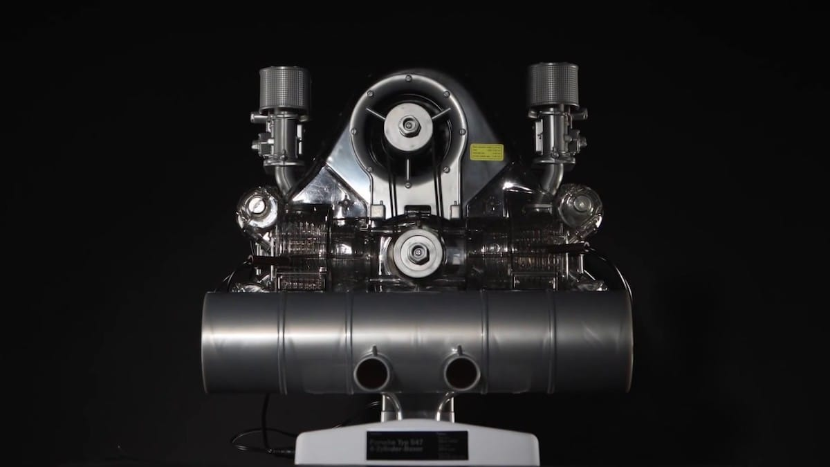 Porsche Carrera Rennmotor Frontansicht