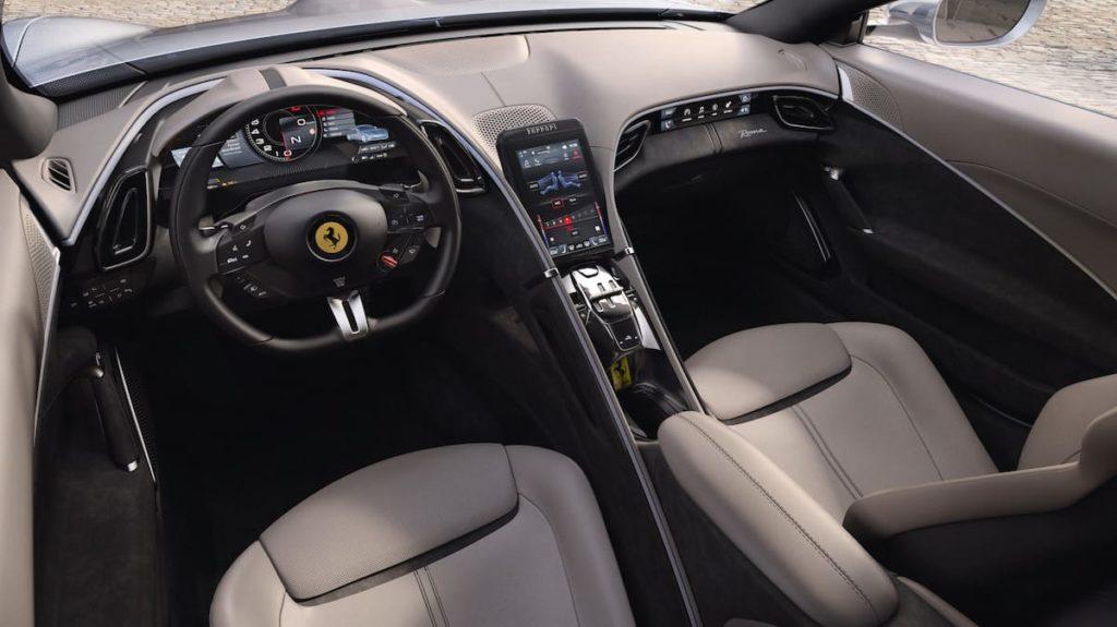 Innenraum und Cockpit des Roma Capitale