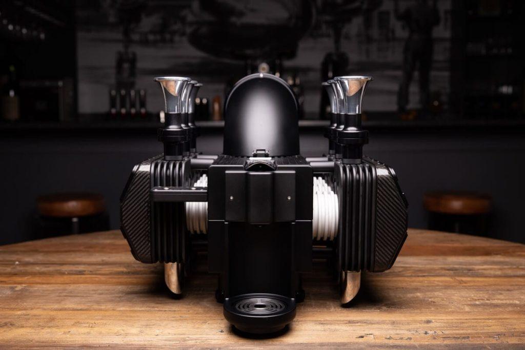 Black Edition Espresso-Maschine - Frontansicht