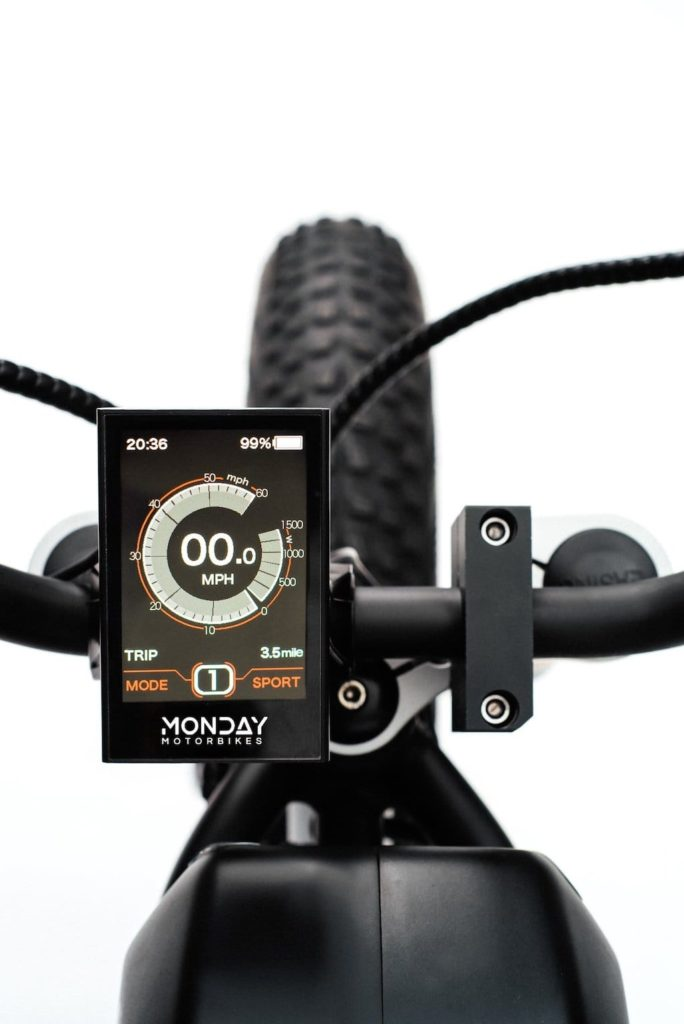 Farb LCD-Display des Anza Elekto-Moped