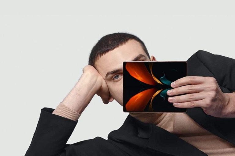 Aufgeklappte Galaxy Z Fold2 5G