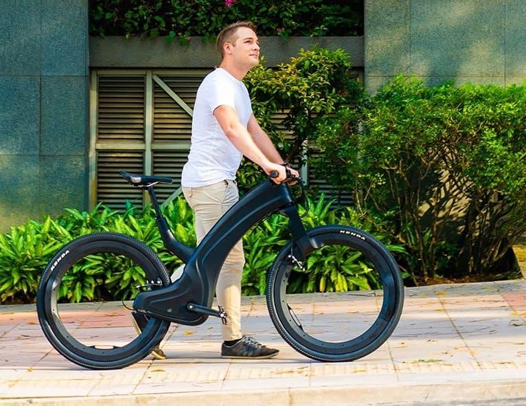Das speichenlose Reevo Hubless E-Bike
