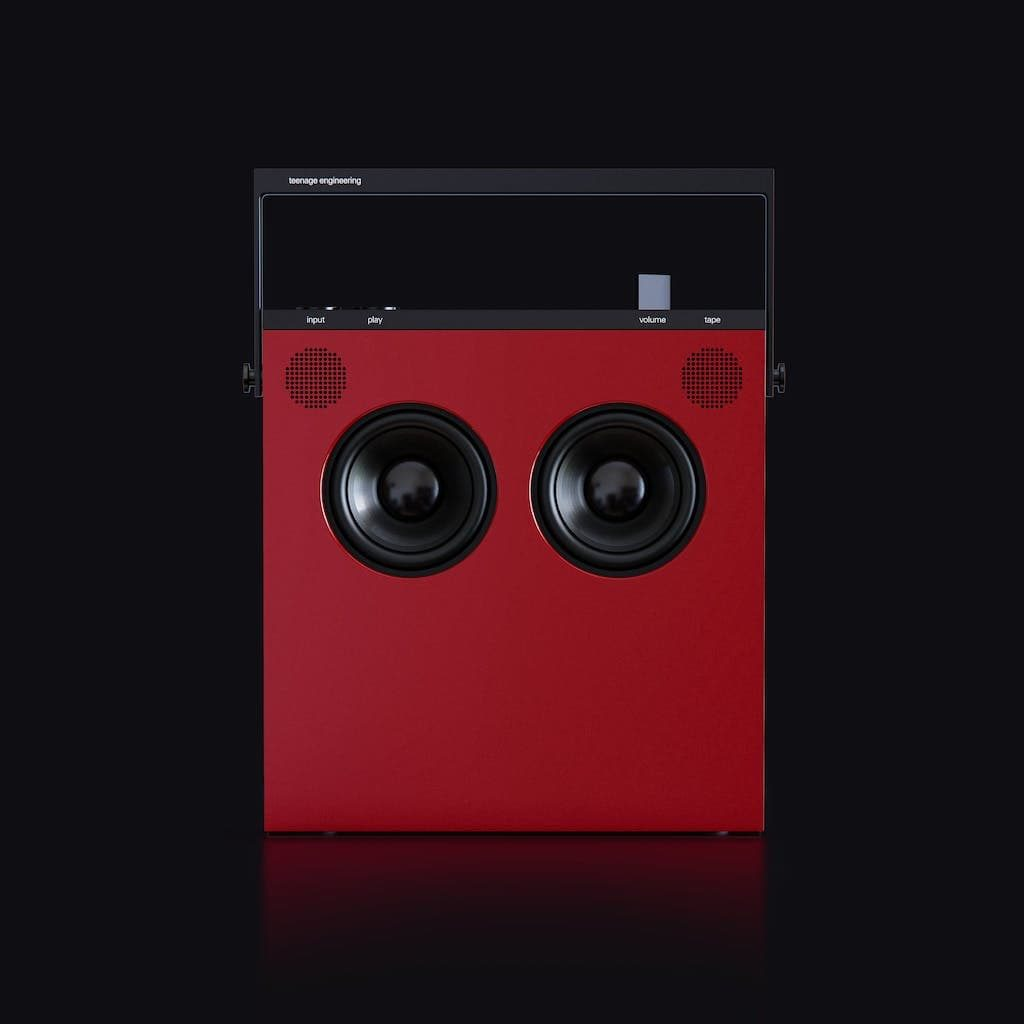 OB–4 Magic Radio in Rot
