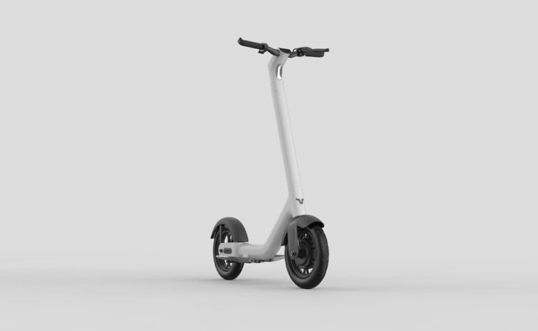 TAUR - The Electric Road Scooter
