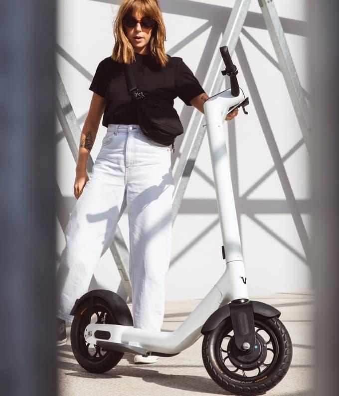 TAUR Elektro Road Scooter