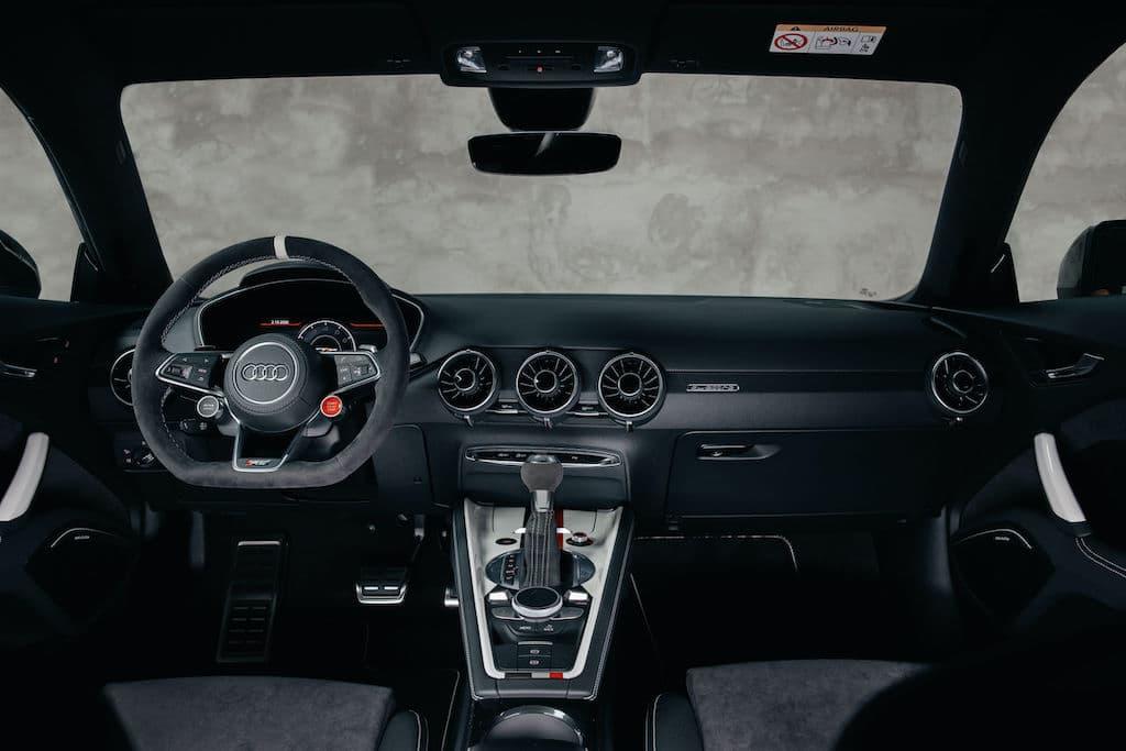 Interior und Cockpit des TT RS 40 Jahre quattro