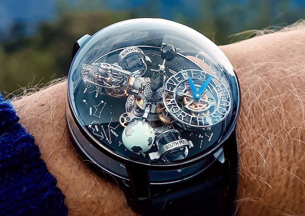 Astronomia Everest Tourbillon-Uhr von Jacob & Co.