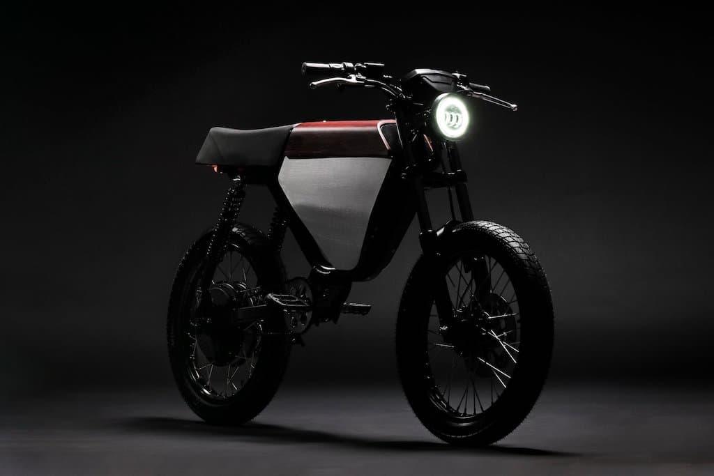ONYX RCR: Elektro-Motorrad oder E-Moped