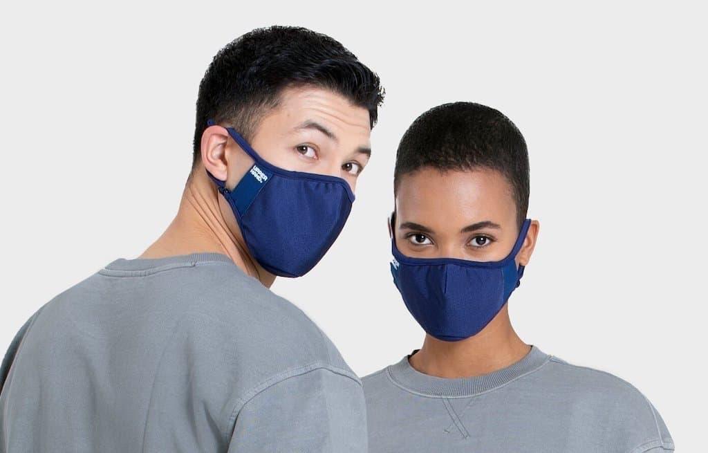 Upper Hand Maske ist selbst desinfizierend