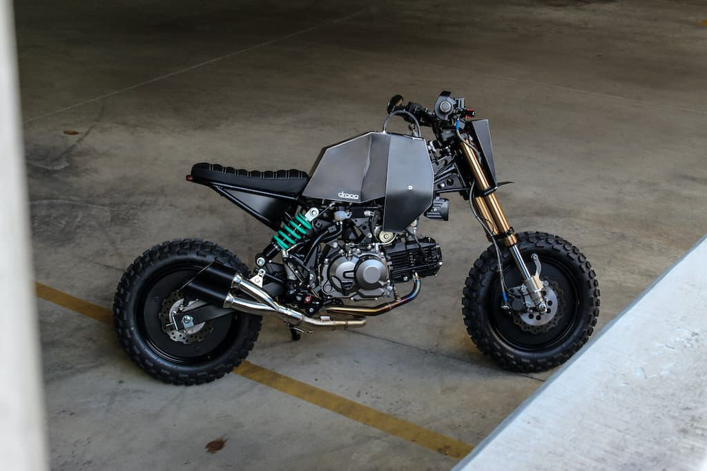Mini Fighter DM-018 von Droog Moto