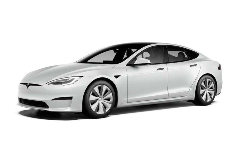 Tesla Model S 2021 in Pearl White