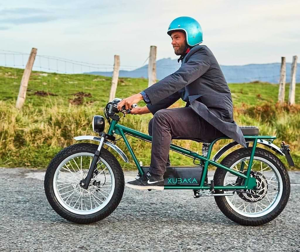XUBAKA E-Motorrad in der freien Natur
