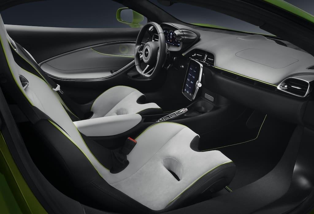 McLaren Artura 2021 - Cockpit und Interior