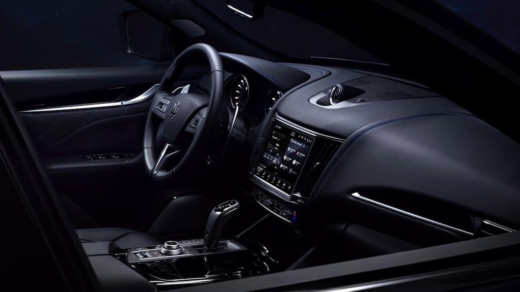 Levante Hybrid SUV Interior