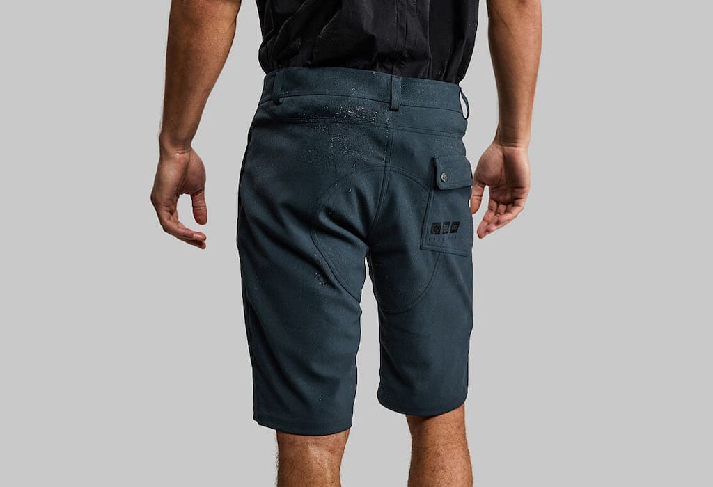 100 Year Shorts Navy Edition von Vollebak