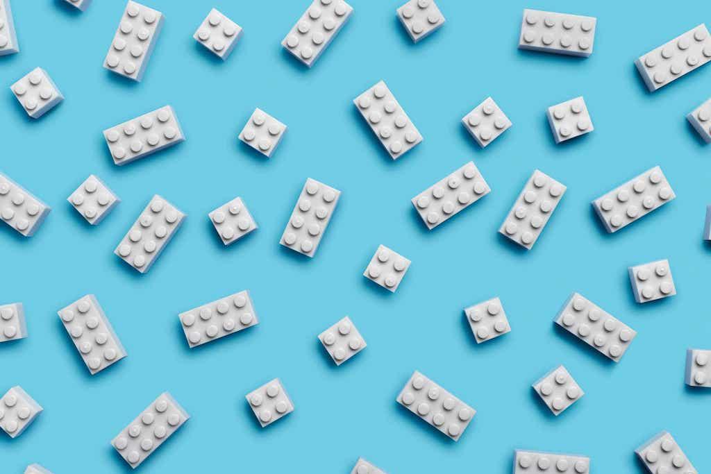Lego Steine aus PET-Flaschen