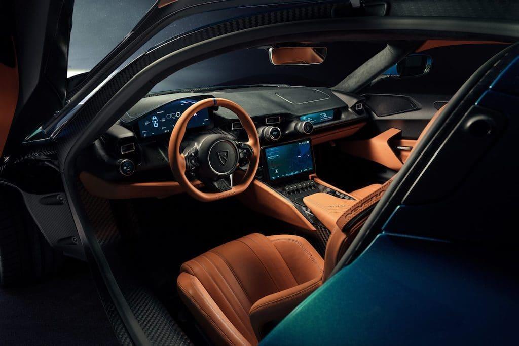 Cockpit und Interior des Rimac Nevera Hypercars
