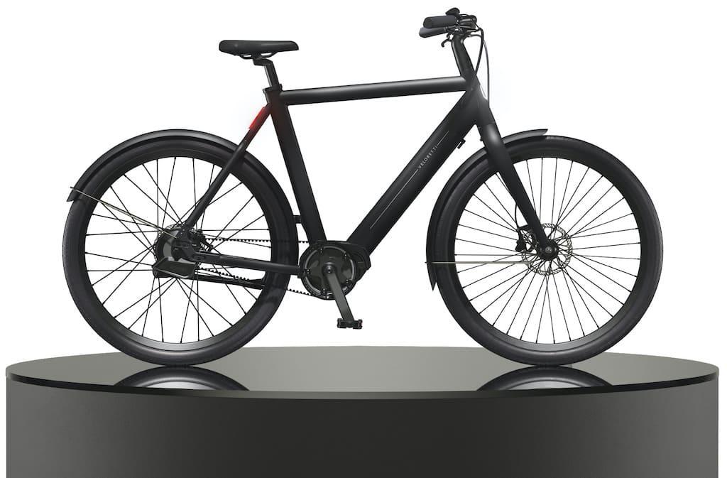 Electric Ace E-Bike in Matte Black
