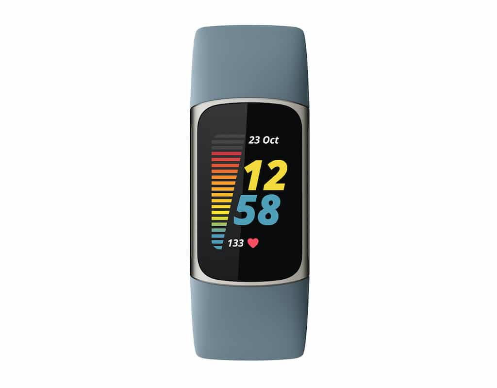 Fitbit Charge 5 in Steel Blue